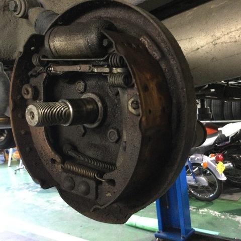 ブレーキトラブル修理(ルノー)